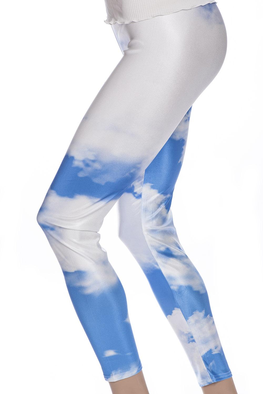 Leggings med blå himmel och vita moln online sverige