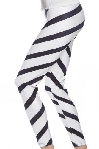 Grafiska tights leggings med svarta ränder mot vitt